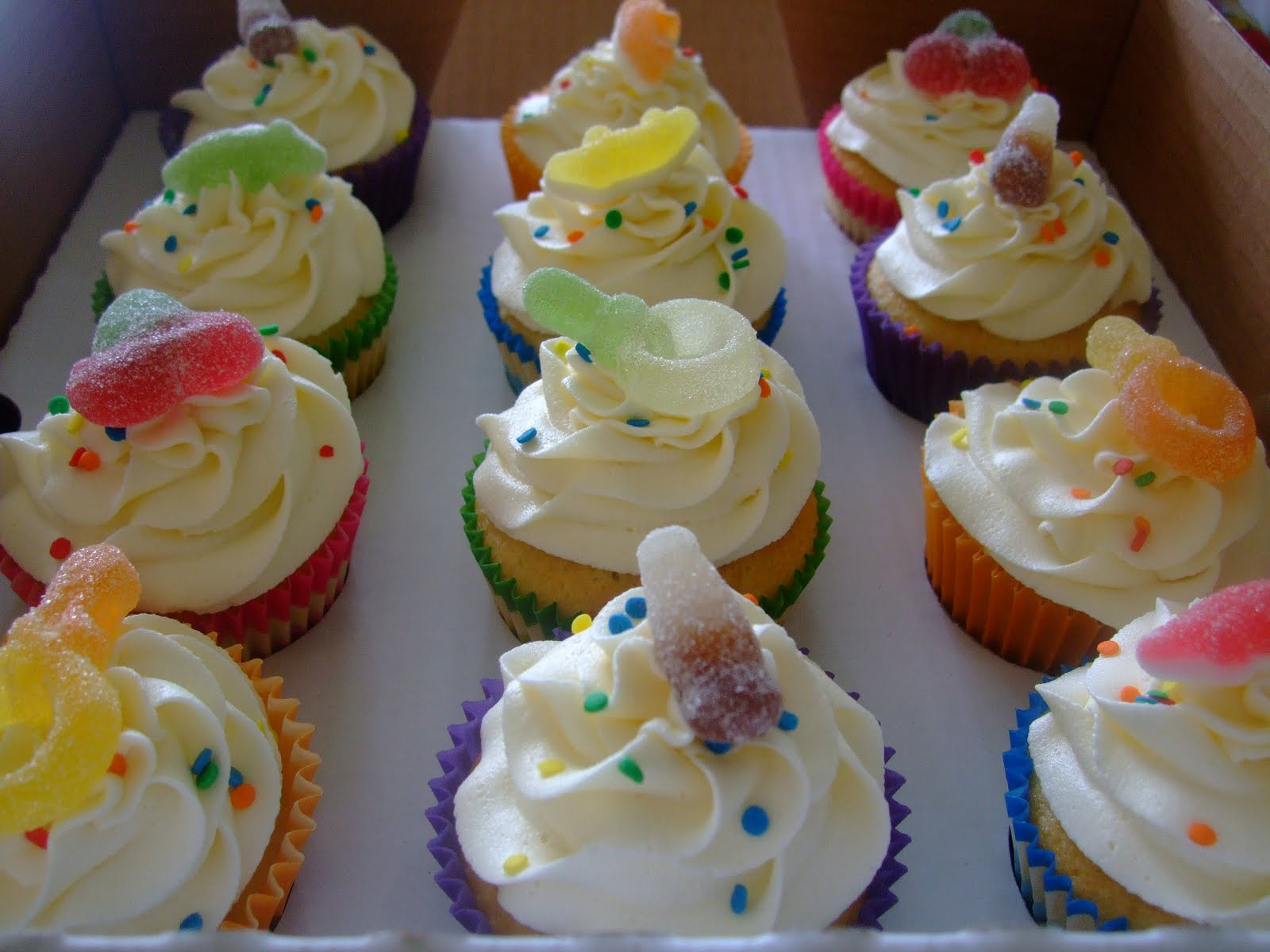Colourful Cupcakes of Newbury: Fizzy Sweet Cupcakes