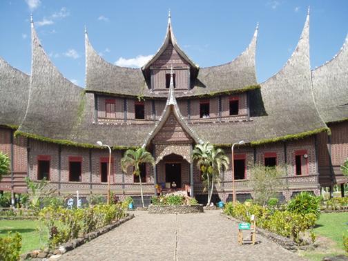 Rumah Minangkabau di Negeri Sembilan