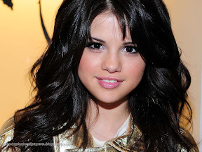 Selena Gomez Wallpapers 2011 1600x1200