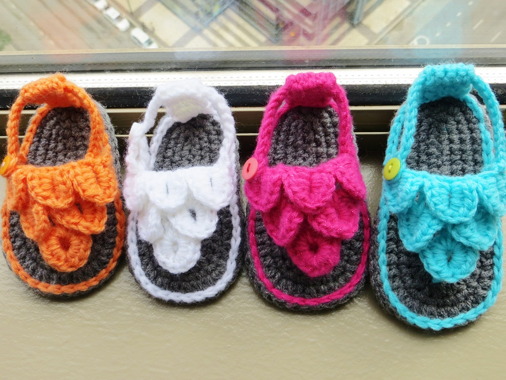 Crochet Pattern For Crocodile Stitch Baby Booties : Crochet Dreamz: Crocodile St Baby Sandals or Booties ...