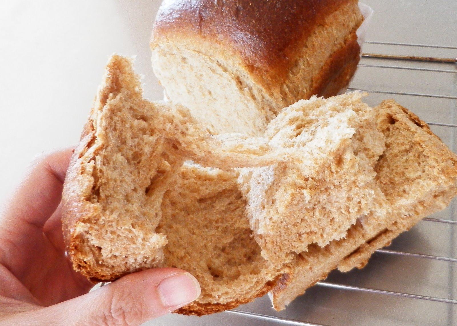 hokkaido milk bread hokkaido milk toast01 hokkaido milk loaf is a soft ...