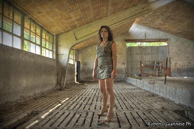 Sbilanciamento del bianco nelle dimore rurali abbandonate for Disegni di case abbandonate