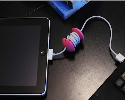 Clever Cable Organizers and Cool Cable Holder Designs (15) 13