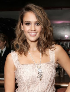 Holiday Hairstyles, Celebrities Holiday Hairstyles, Jessica Alba