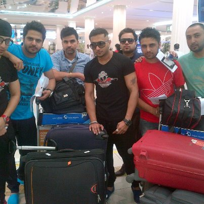 Honey singh with His Friends