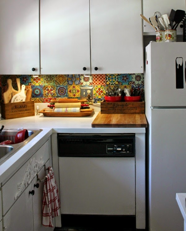 Great Ways For Lighting A Kitchen: Ten Quick & Easy Ways To Refresh & Update Your Home · Cozy