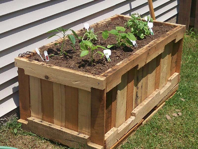 Instrucciones y planos 3d de como for How to make a flower box out of pallets