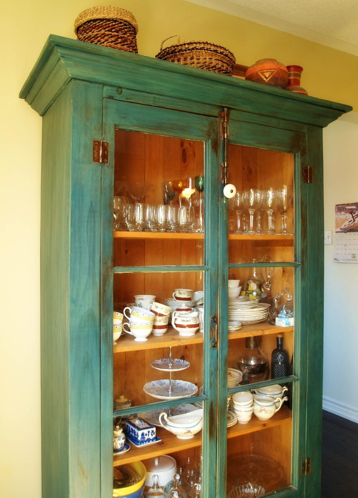 Best Auction Room For Teasets