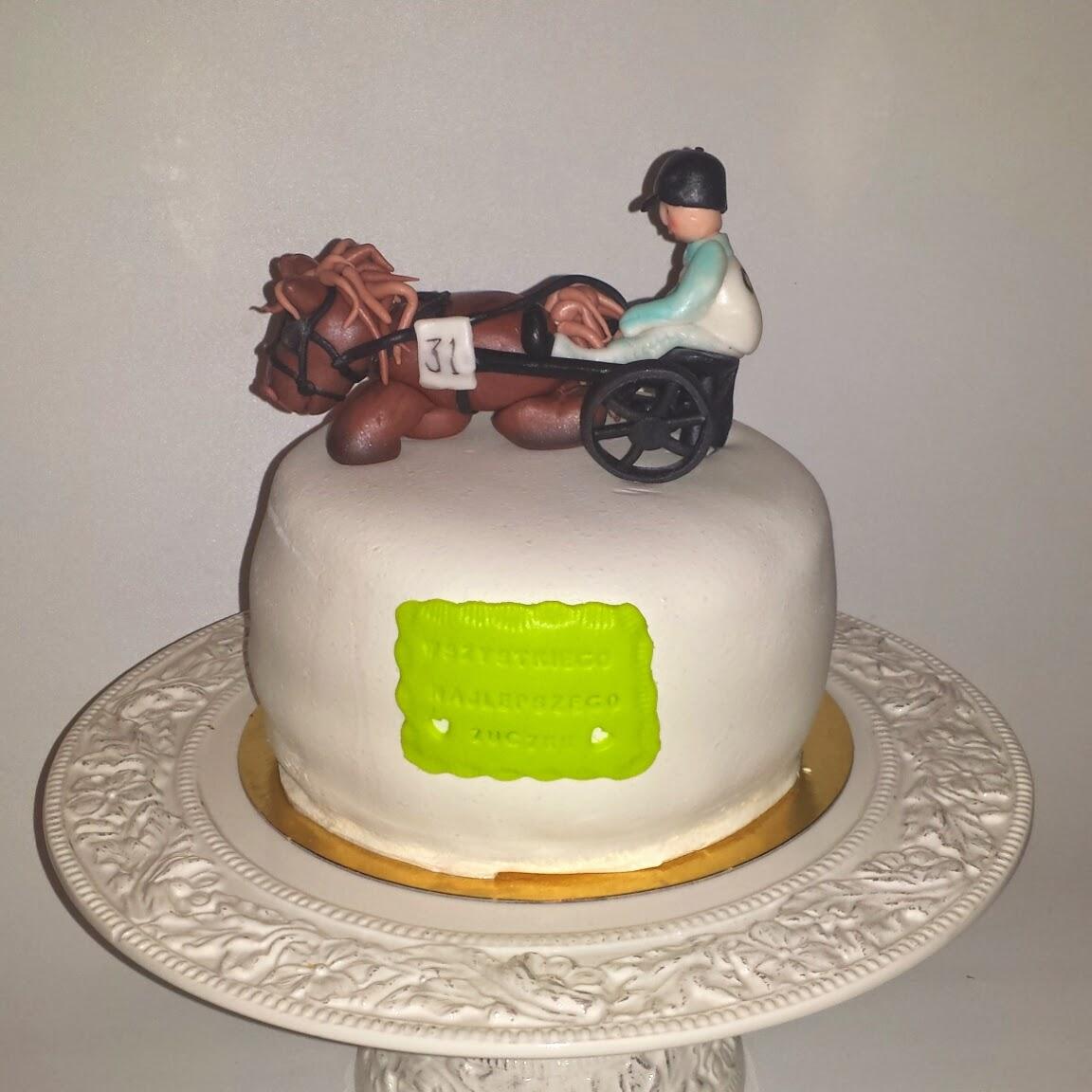 tårta med trav tema