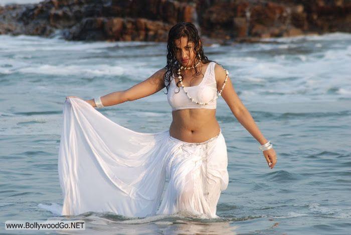Madhavi+Latha+(14)