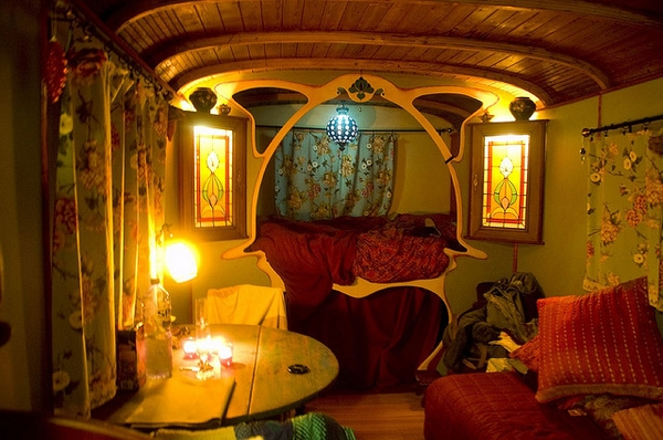 Liz Blair's art and fashion: Gypsy Caravan Wagon Interior Decorating