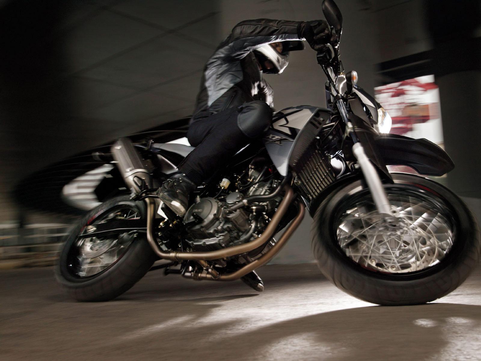 total motorcycle yamaha xt 660 supermoto. Black Bedroom Furniture Sets. Home Design Ideas