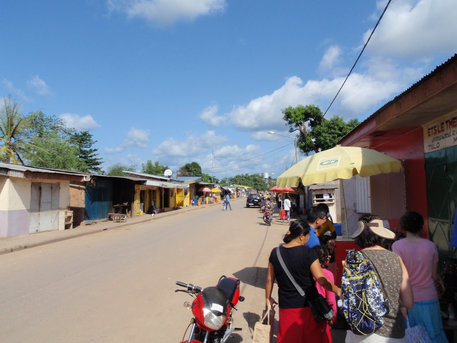 a glimpse of impfondo the town the market and the pigmy village