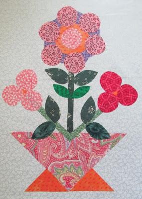 Circle Flowers Applique Quilt Pattern