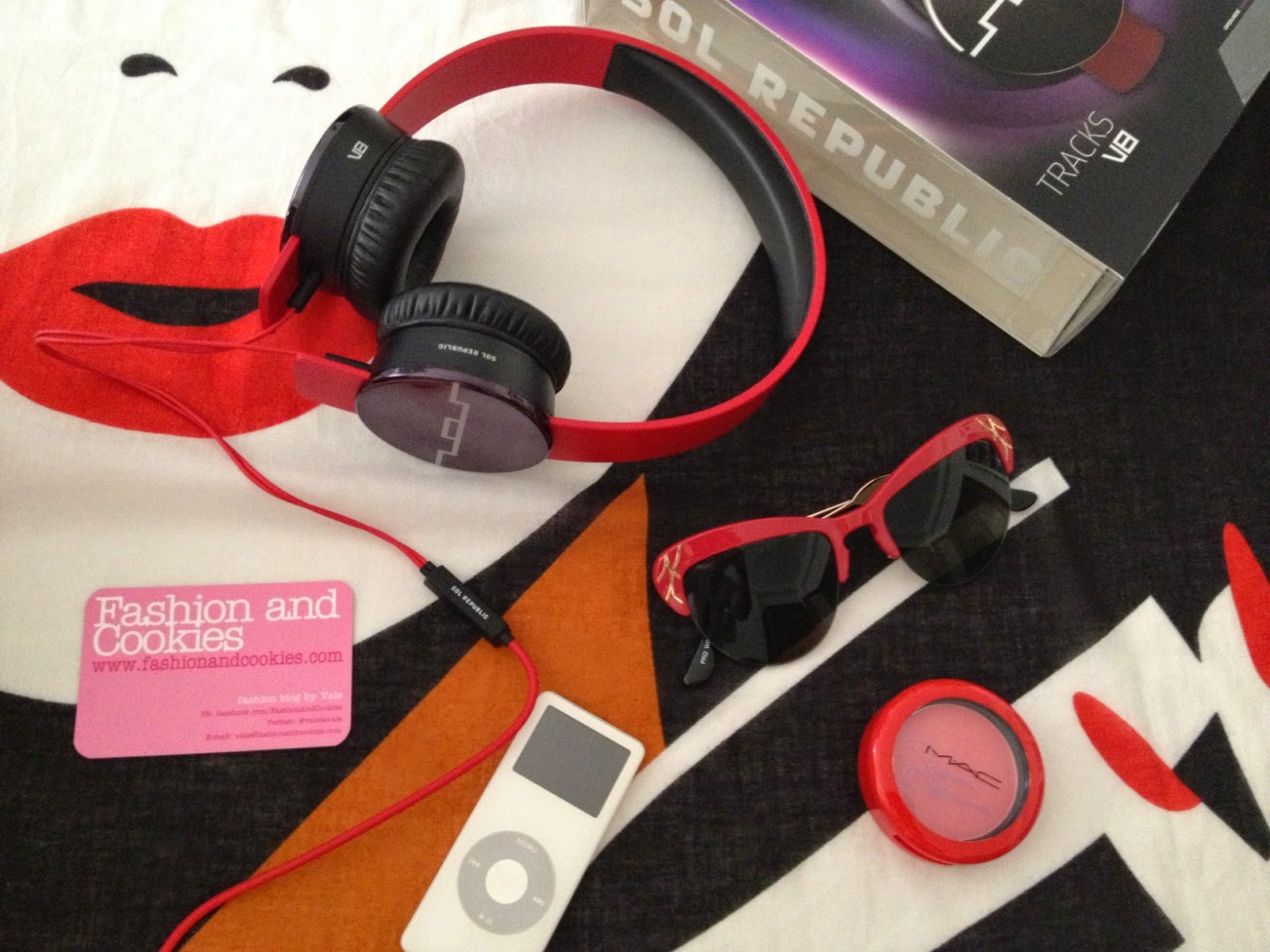 Sol Republic headphones, MAC Sharon Osbourne blush, Fashion and Cookies, fashion blogger