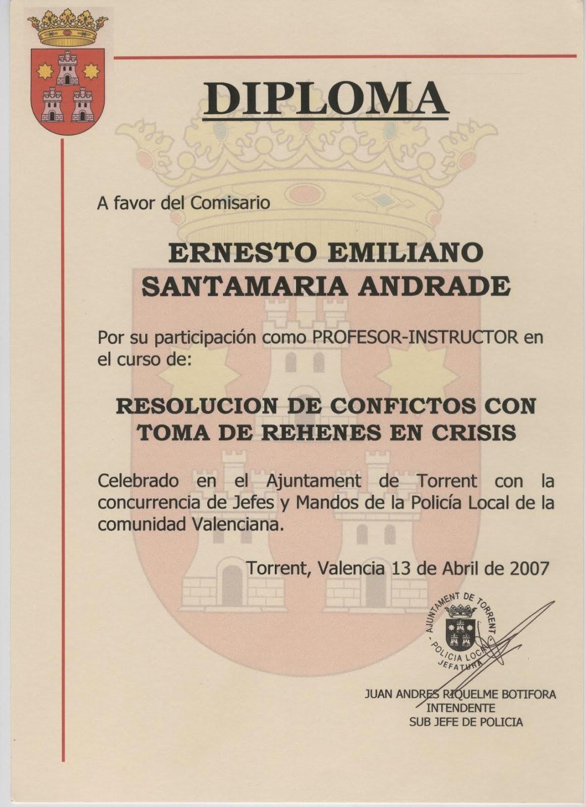 EL COMISARIO ERNESTO SANTAMARIA PROFESOR DE LA POLICÍA LOCAL DE COMUNIDAD VALENCIANA