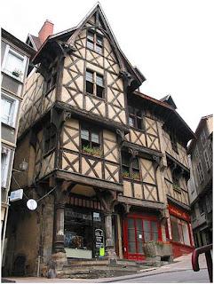 Ba J Ad 244 244 244 Re La Ville De Thiers 2 Histoire Urbaine