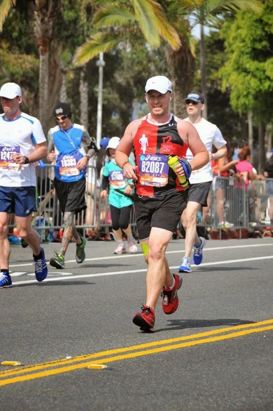 2015 LA Marathon runner Ocean Avenue