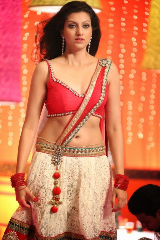 Actress Hamsa Nandini Hot Navel Show Stills