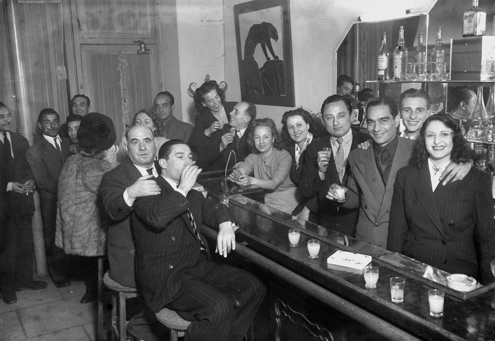al capone and the italian mafia Here are some ways you can take a chicago gangster tour and immerse yourself in the world of the likes of al capone and john  chicago gangster tours explore the.