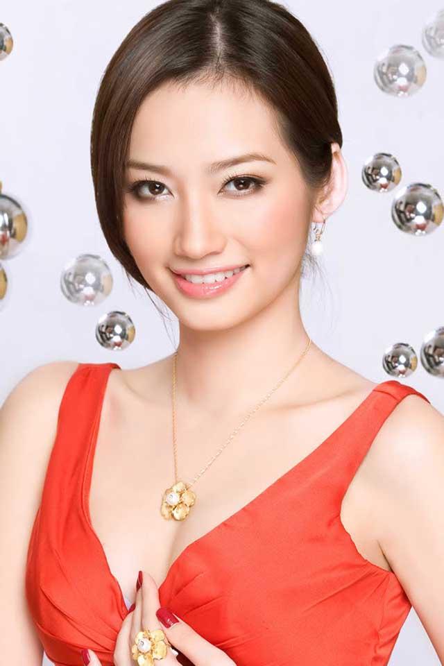 lynna2world: Vietnamese Star Truc Diem