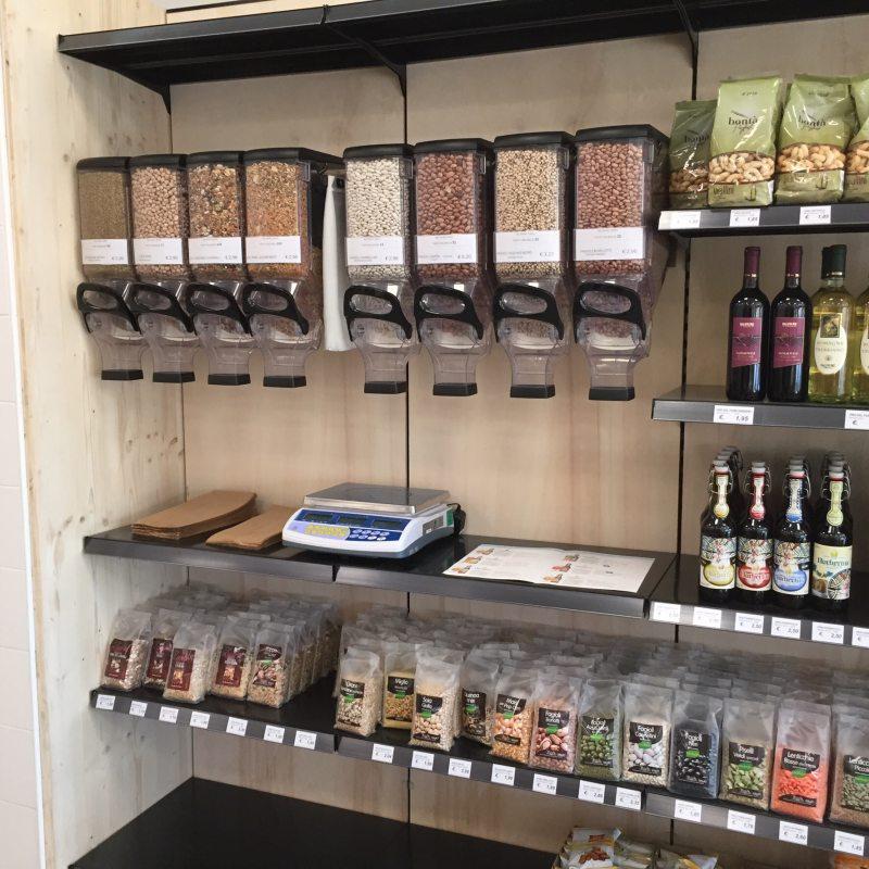 Negozio leggero fare spesa ecosostenibile for Idee per arredare un negozio di frutta e verdura