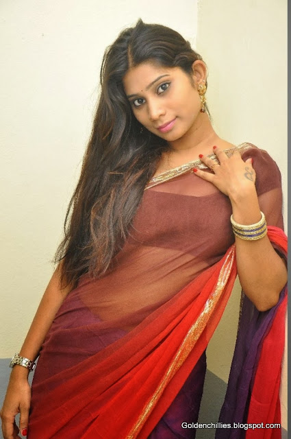 hot actress in saree images
