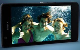 Sony Xperia ZR: Smartphone Kamera Terbaik
