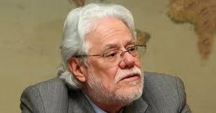 El magistrado y constitucionalista colombiano Carlos Gaviria Díaz ha fallecido. - Carlos%252BGaviria