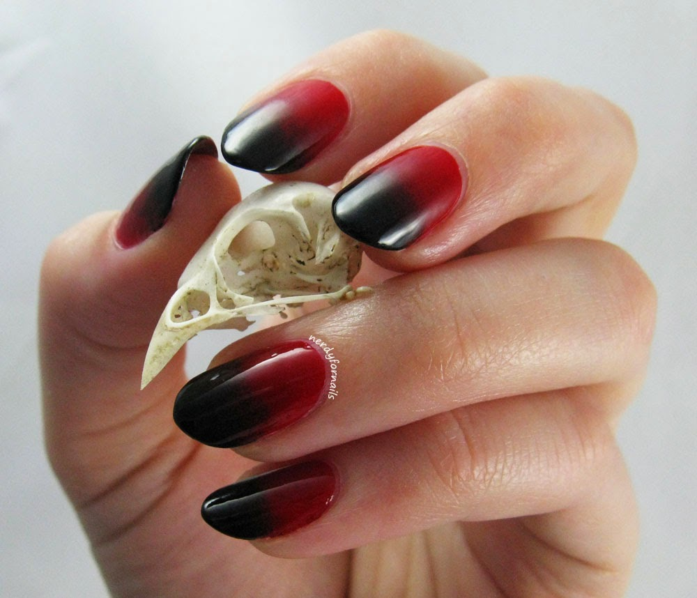 Red and Black Vampy Halloween Gradient Manicure with Bird Skull