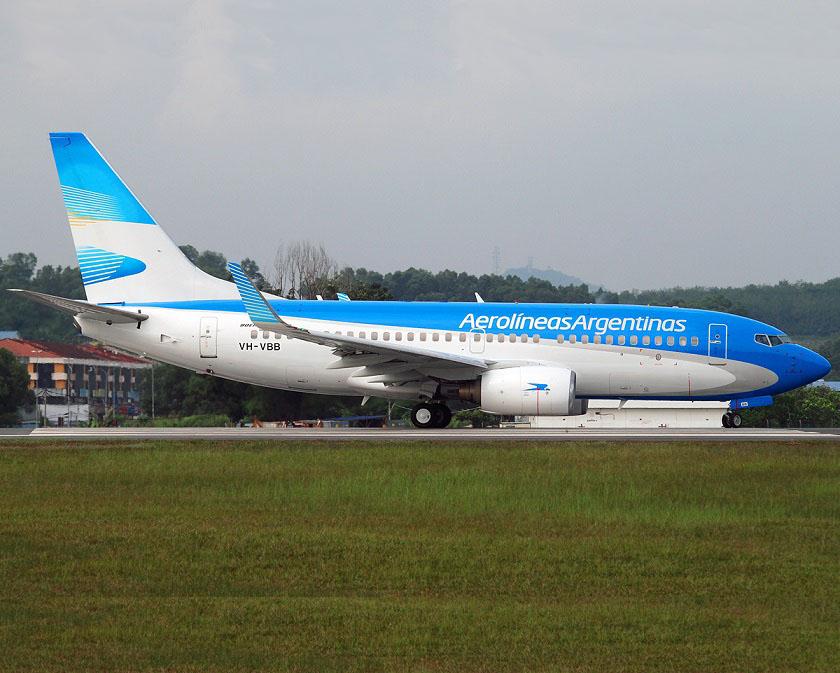 Aerolíneas Argentinas reprograma once de sus vuelos por huelga general