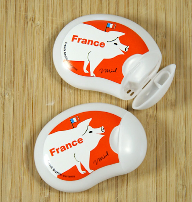 pill cases with picture of pig