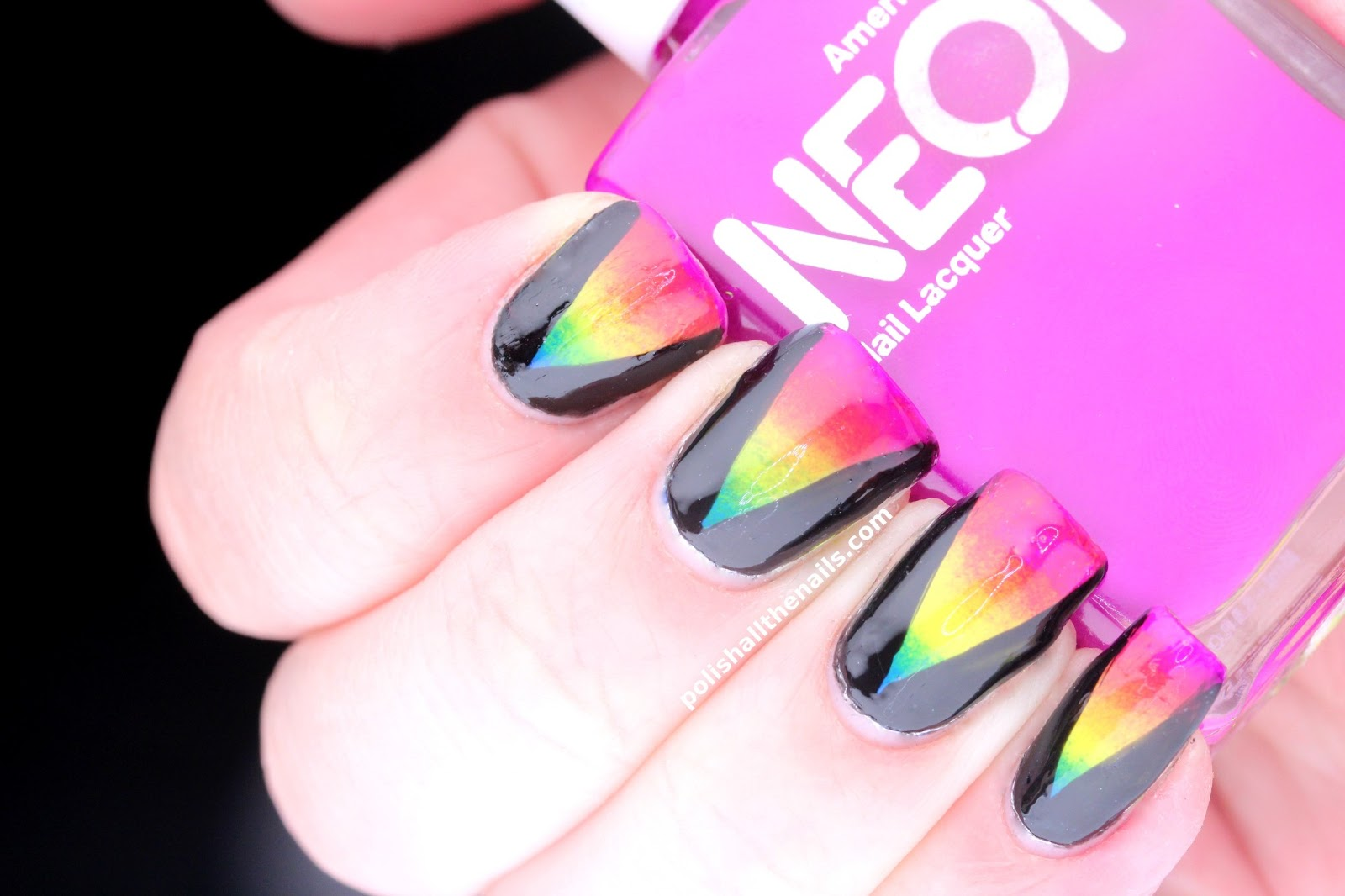 Nail Art: V-Shaped Rainbow Gradient Nails!