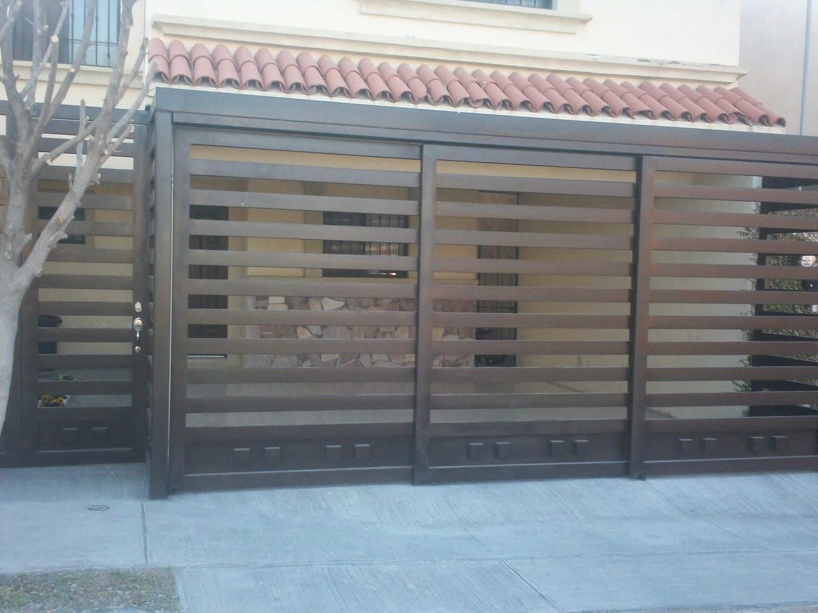 Portones para cochera red de soluciones for Puertas de madera para cochera