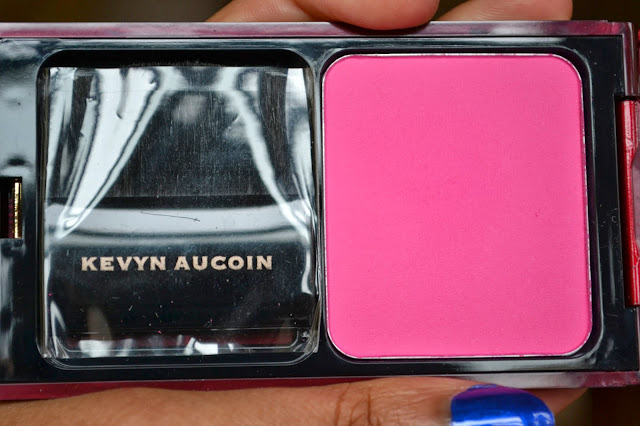 Kevyn AucoinThe Pure Powder Glow Blush in Myracle