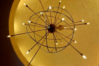Memorial_Hall_ceiling_fixture_photo_Don_Giles