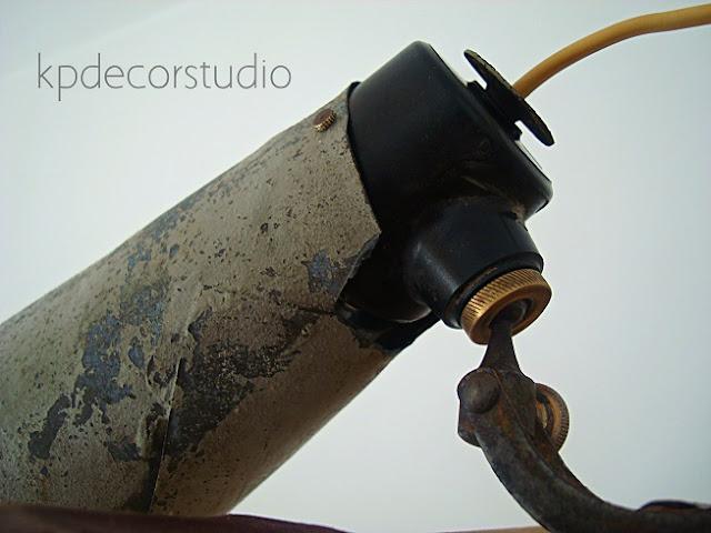Comprar lámparas industriales. Flexos antiguos y apliques de pared valencia.