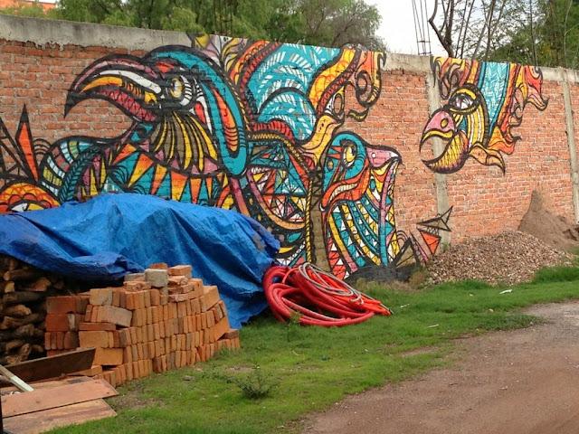 "<img src=""http://4.bp.blogspot.com/-T3Zg0YLkfPw/UtamtFXXHXI/AAAAAAAAIFw/d3MTVzPjzks/s1600/abstract-wallpapers-graffiti-mexican.jpg"" alt=""Graffiti Abstract wallpapers"" />"