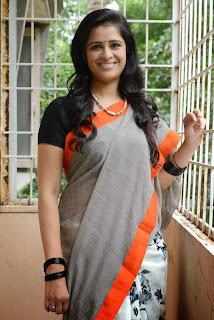 Actress Satya Krishnan Picture Gallery in Saree  019.jpg