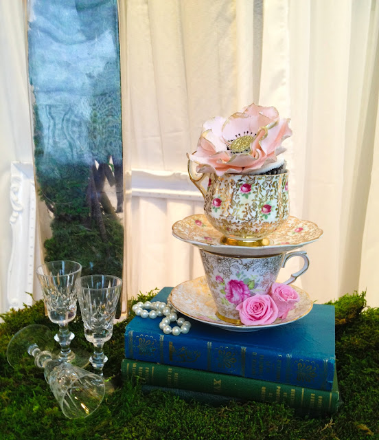 blush greyed jade pantone emerald and gold antique tea cups and gilded flower cupcake by Cupcake et Macaron Montreal