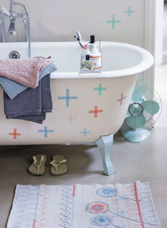 Cool Decorating Trick No. 43 | Washi Tape Bathtub
