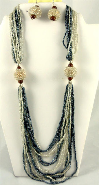 Fashionable Layered Necklace Design