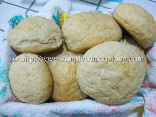 wholewheat dinner rolls