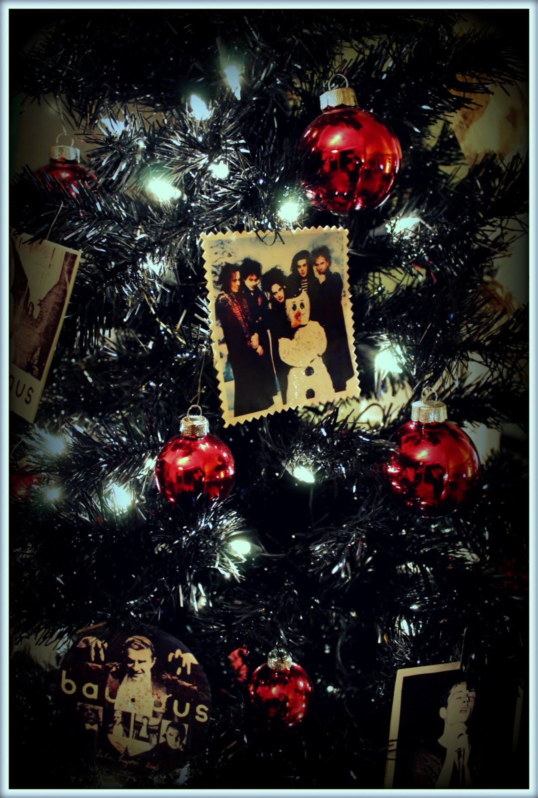Displaying 19 gt images for gothic christmas tree topper