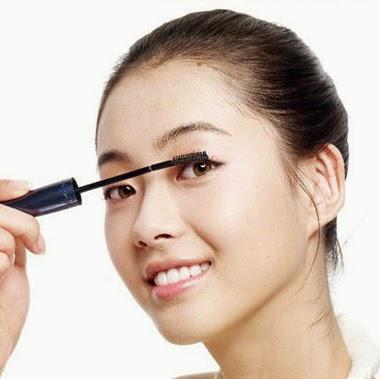 Các thói quen khi dùng mascara gây hại cho mắt
