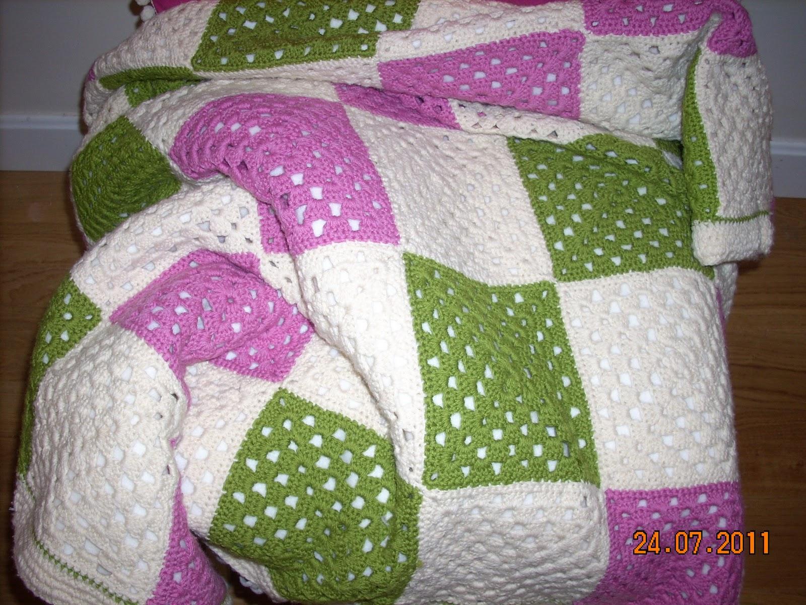 Burbujela manta de lana de cuadros - Reciclar restos de lana ...