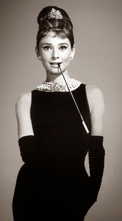 La petite robe noire eternelle basique et intemporelle
