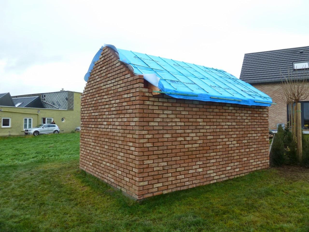 La construction de notre maison abri de jardin - Toiture pour abri de jardin ...