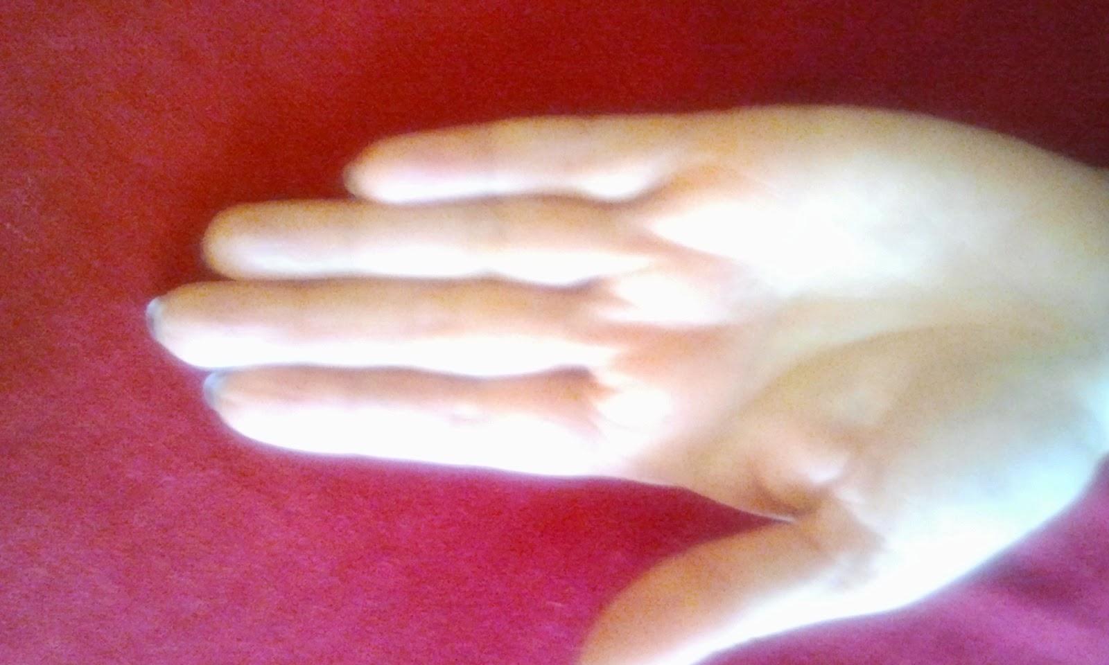 Manos blancas