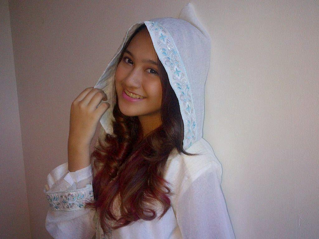 Header Twitter - Salshabilla Adriani